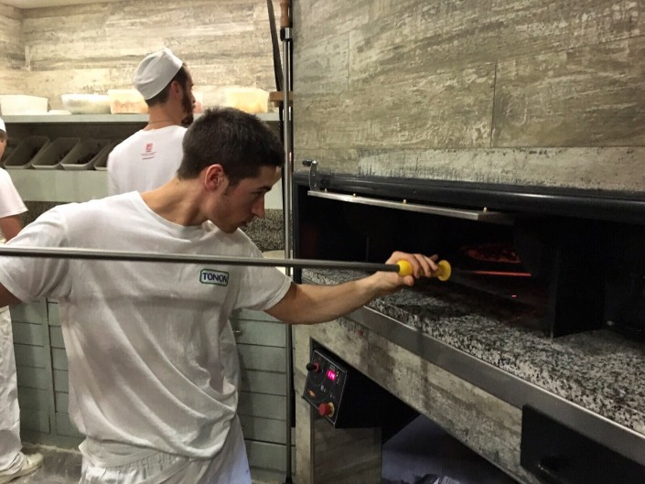 staff-pizzeria-la-terrazza